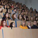 Zdjęcie z wykładu prof. Dariusza Dolińskiego Posłuszni do bólu Milgram w Polsce